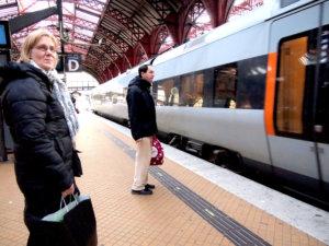 コペンハーゲン中央駅,コペンハーゲン電車,コペンハーゲン移動手段,コペンハーゲン公共交通機関