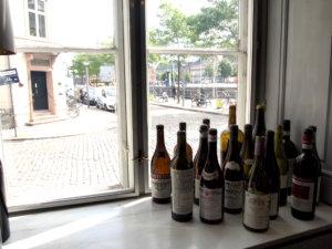 コペンハーゲン,まったり,ワイン,バー,運河沿い,雰囲気のいい